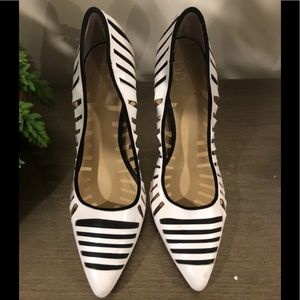 Gx by Gwen Stefani Black & White 4 1/2 inch Heels